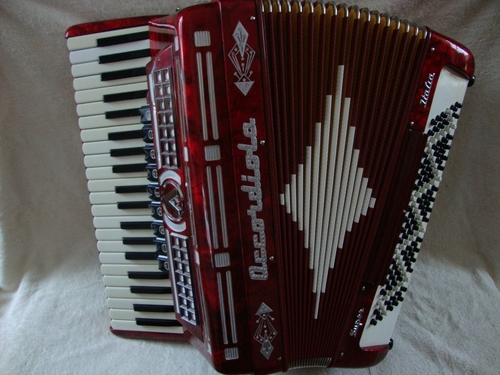 Accordiola Super -harmonikka